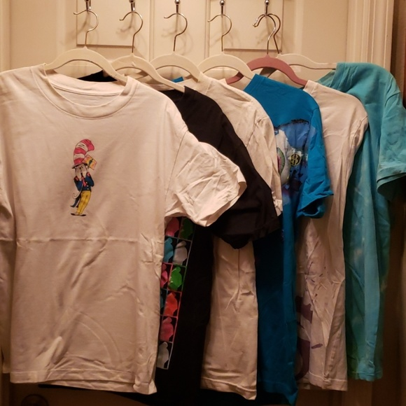 various Other - Lot of men's size medium t-shirts.
